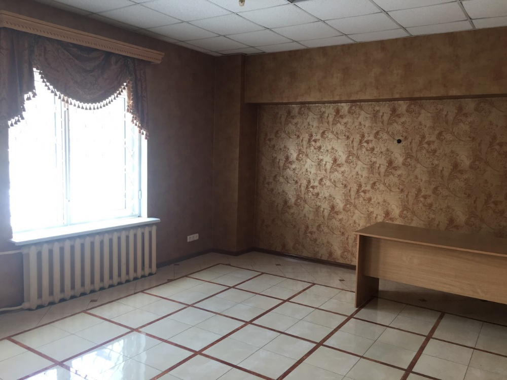 Office в аренду по адресу Россия, Республика Крым, Симферополь, Кечкеметская улица, д.1