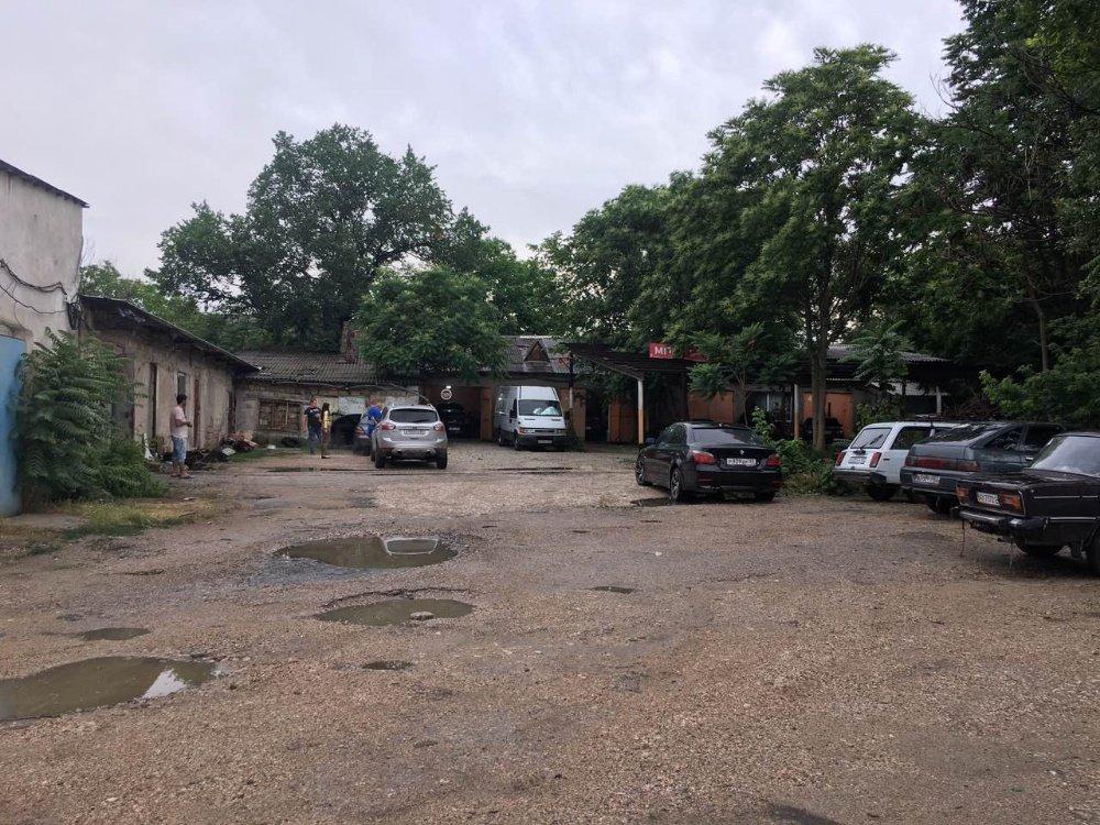 Warehouse в аренду по адресу Россия, Республика Крым, Симферополь, Севастопольская улица, д.44