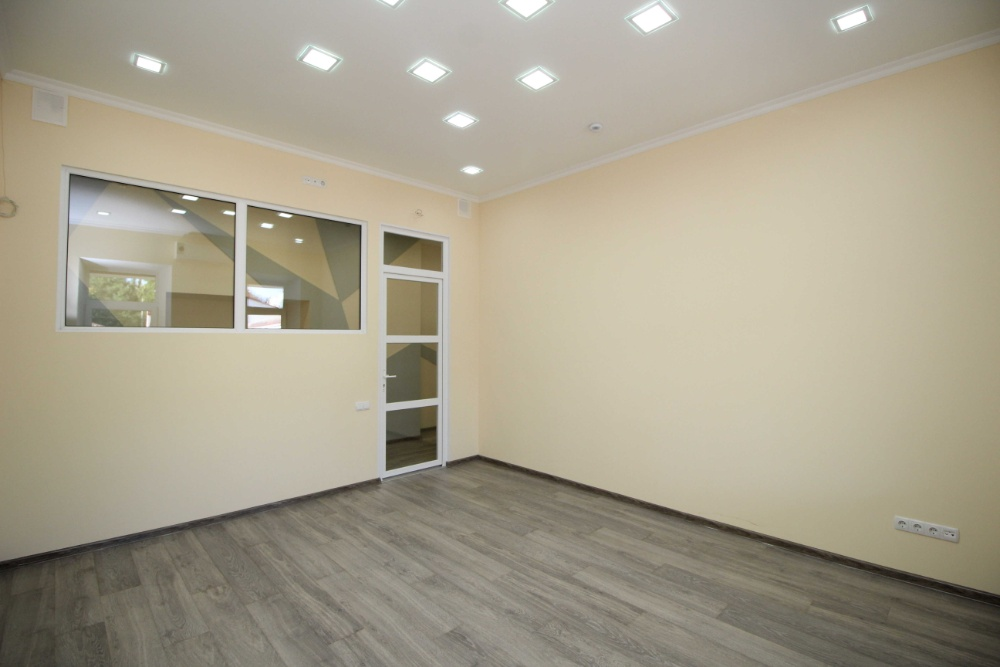Office на продажу по адресу Россия, Республика Крым, Симферополь, Долгоруковская улица, д.32